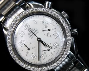 Relógios GRANDES MARCAS, OMEGA, LONGINES, D&G, GUCCI..entre outros.
