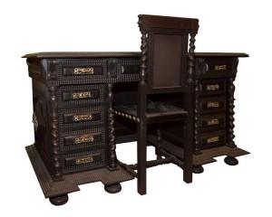 Mobília de Escritório ANTIGA SÉC. XIX estilo MANUELINO em NOGUEIRA