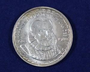 Grande variedade de Moedas e Medalhas em Prata