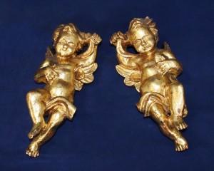 Par de Anjos em madeira Antigos pintados a Ouro
